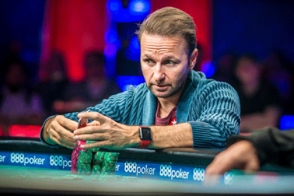 Daniel Negreanu - Top The Richest And The Best Poker Players In The World